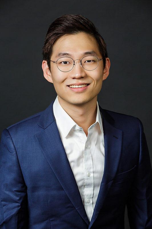 Kyung-Rok Min